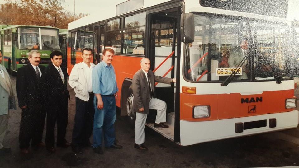 �stanbul �zel Halk otob�sleri her daim yollarda-1998 y�l�