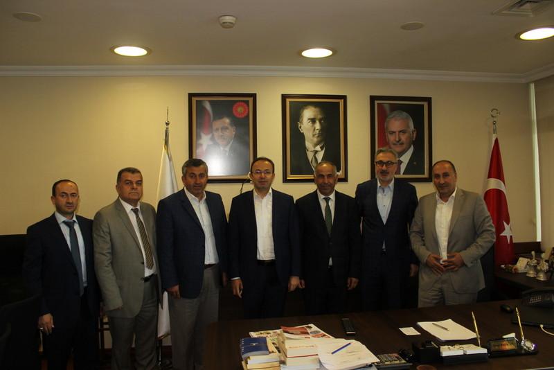 �BB AK Parti grubundan, �zel Halk otob�s camias�na destek