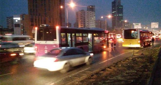 Ýstanbul'da Özel Halk Otobüsü þoförüne kurþun yaðmuru